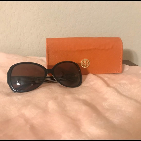 9145be6422d1 Tory Burch Accessories | Sunglasses Ty7019 | Poshmark